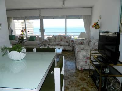 Con excelentes vistas a Playa Brava hasta José Ignacio y Mansa !!!