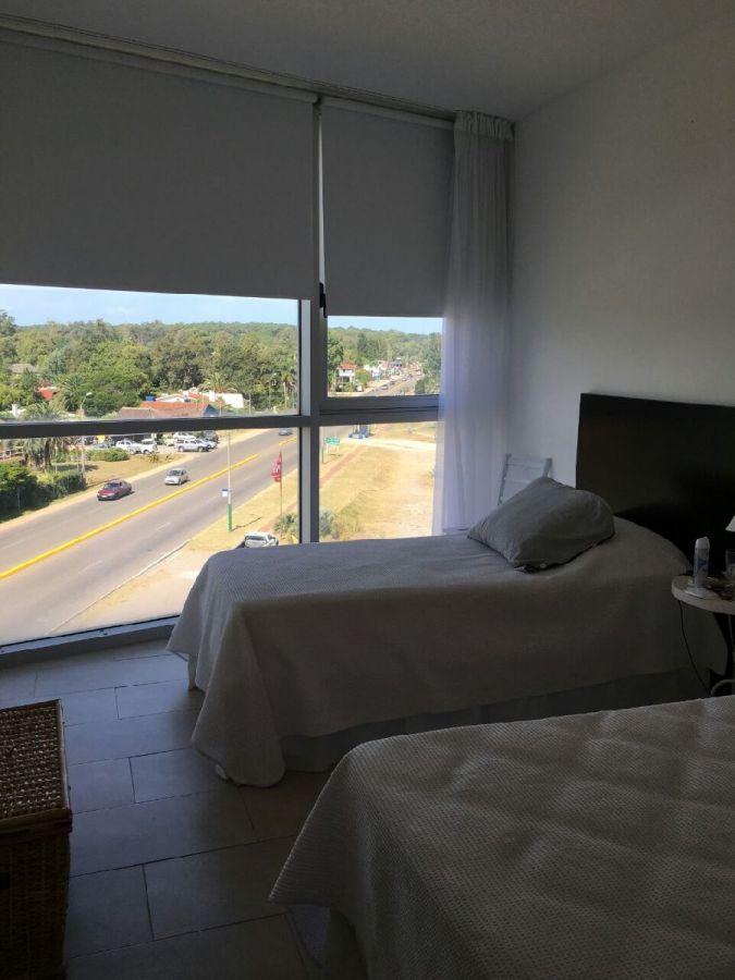 Apartamento ID.291976 - Excelente ubicación.  Vista al mar y arroyo.