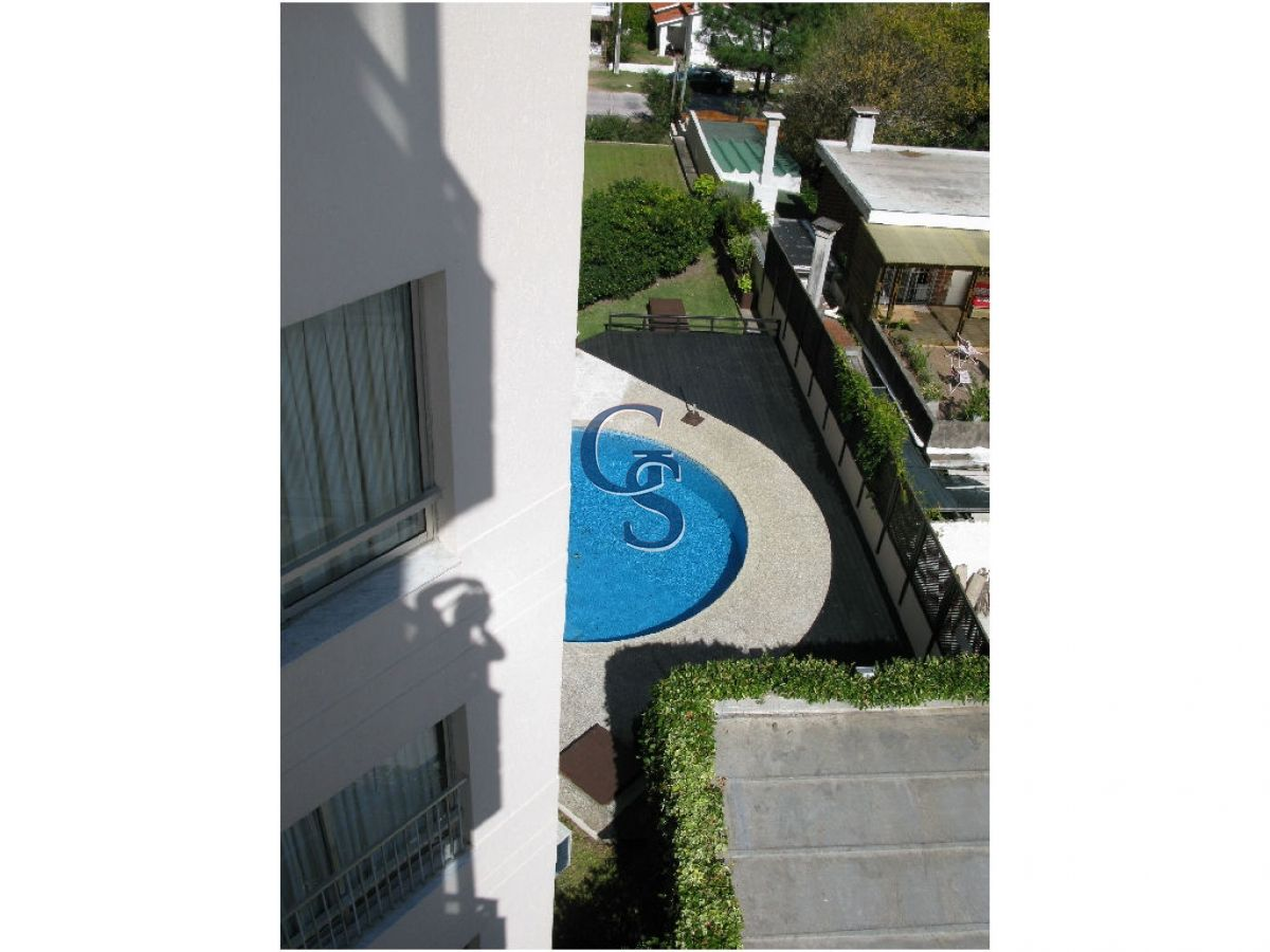 Apartamento ID.782 - Apartamento en CAP FERRAT,  En Venta, Chiverta, Punta del Este, 2 Dormitorios.