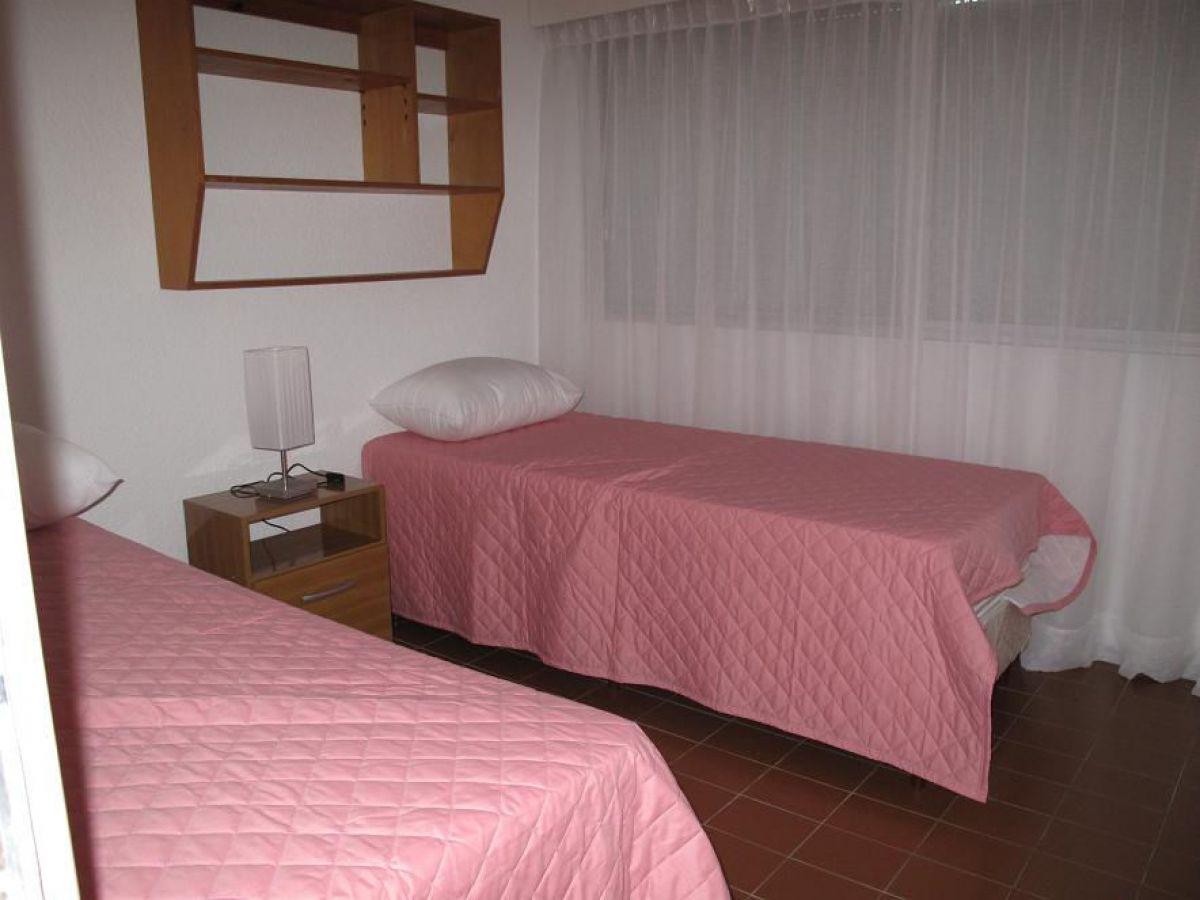 Apartamento ID.922 - Sobre reconocida avenida.