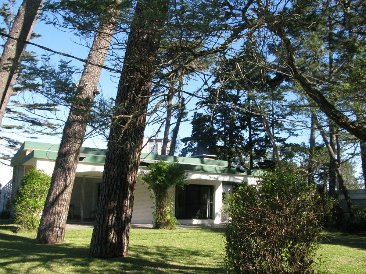 Casa ID.298112 - Próxima a Playa Mansa.