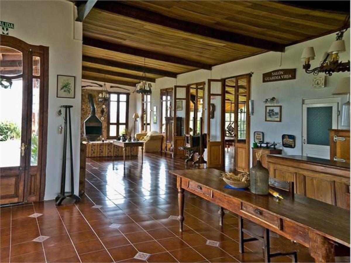 Chacra ID.296457 - Espectacular estancia estilo colonial.