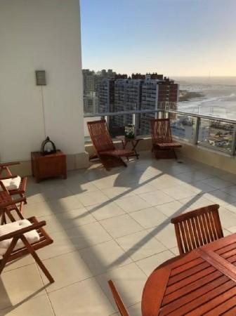mansa -  pent house - excelente edificio con amenities  - amplia terraza con parrillero propio - acp3186a