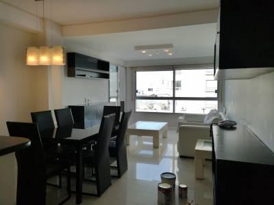 Apartamento en Punta del Este, Península, Excelente ubicación, totalmente reciclado!!!