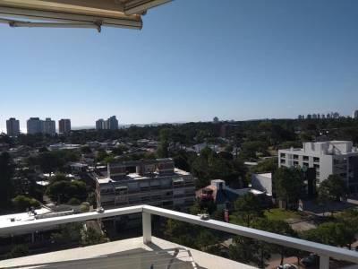 Venta de apartamento de 2 dormitorios en Aidy Grill, Punta del Este * Piscina