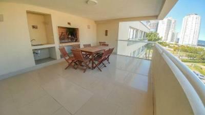 Apartamento en venta de 3 dormitorios en Brava - Punta del Este