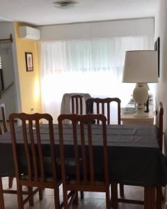 VENTA Y ALQUILER ANUAL de Apartamento en Maldonado, Excelente para vivienda permanente con 2 dormitorios