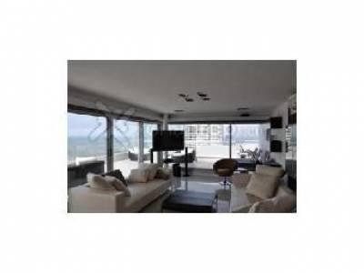 Apartamento en Brava, 4 dormitorios *