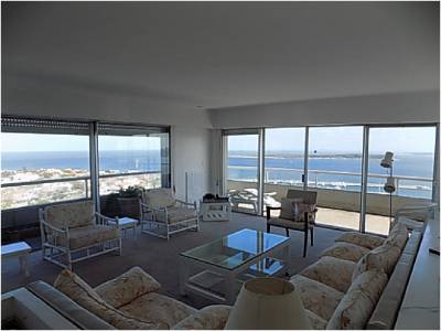 Apartamento en venta y alquiler en Punta del Este, Península 2 dormitorios