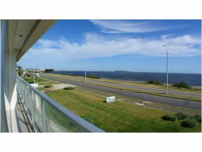 Apartamento en venta en Punta del Este, zona Pinares *4 dormitorios