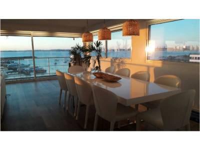 Apartamento de 6 dormitorios en venta y alquiler en Punta del Este, Península a pasitos del puerto