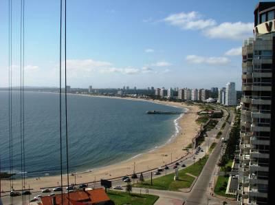 Venta y Alquiler Temporal de Apartamento en Punta del Este con Espectacular Vista al mar