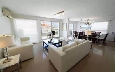 Apartamento en Venta y Alquiler en Punta del Este, Espectacular planta PH duplex con vista al mar