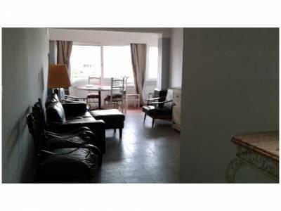 Venta de Apartamento en Punta del Este, a 1 cuadra de la playa, 1 dormitorio, terraza