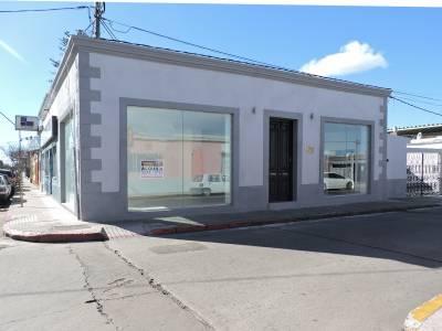 Local en venta y alquiler en Centro de Maldonado - Excelente ubicación Comercial