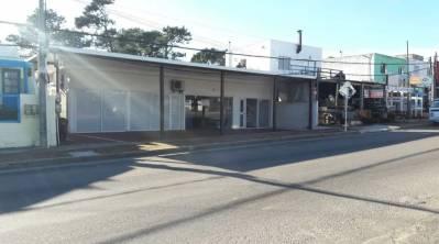 Venta y Alquiler de locales en La Barra, Excelente Punto sobre la Ruta.