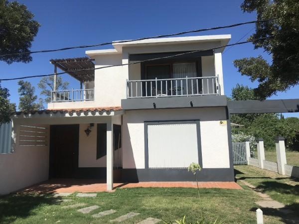 Casa Venta o Alquiler en Punta del Este El Tesoro de 3 Dormitorios