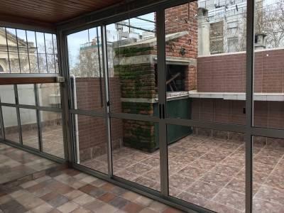 Venta Apartamento 1 dormitorio único en el Centro. Muy luminoso con terrazas y parrillero!