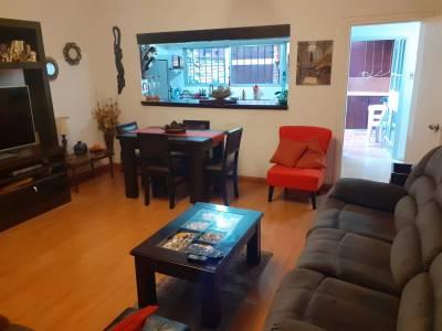 Venta apartamento 2 dormitorios en Palermo con Parrillero