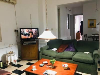 A una cuadra de la RAMBLA 2 dormitorios + servicio, 2 patios