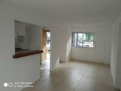 VENTA Apartamento con RENTA,  gran patio próximo Nuevo centro