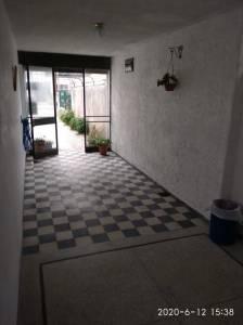 Casita de un dormitorio zona Malvin a cuadras de la rambla