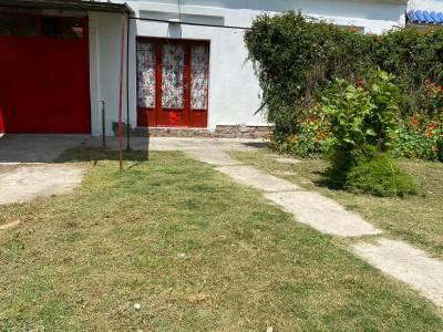Venta 2 casas en un mismo padrón 300 metros, barrio Peñarol
