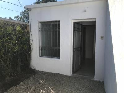 Venta CASA PH 2 dormitorios Carrasco, BAJO DE PRECIO