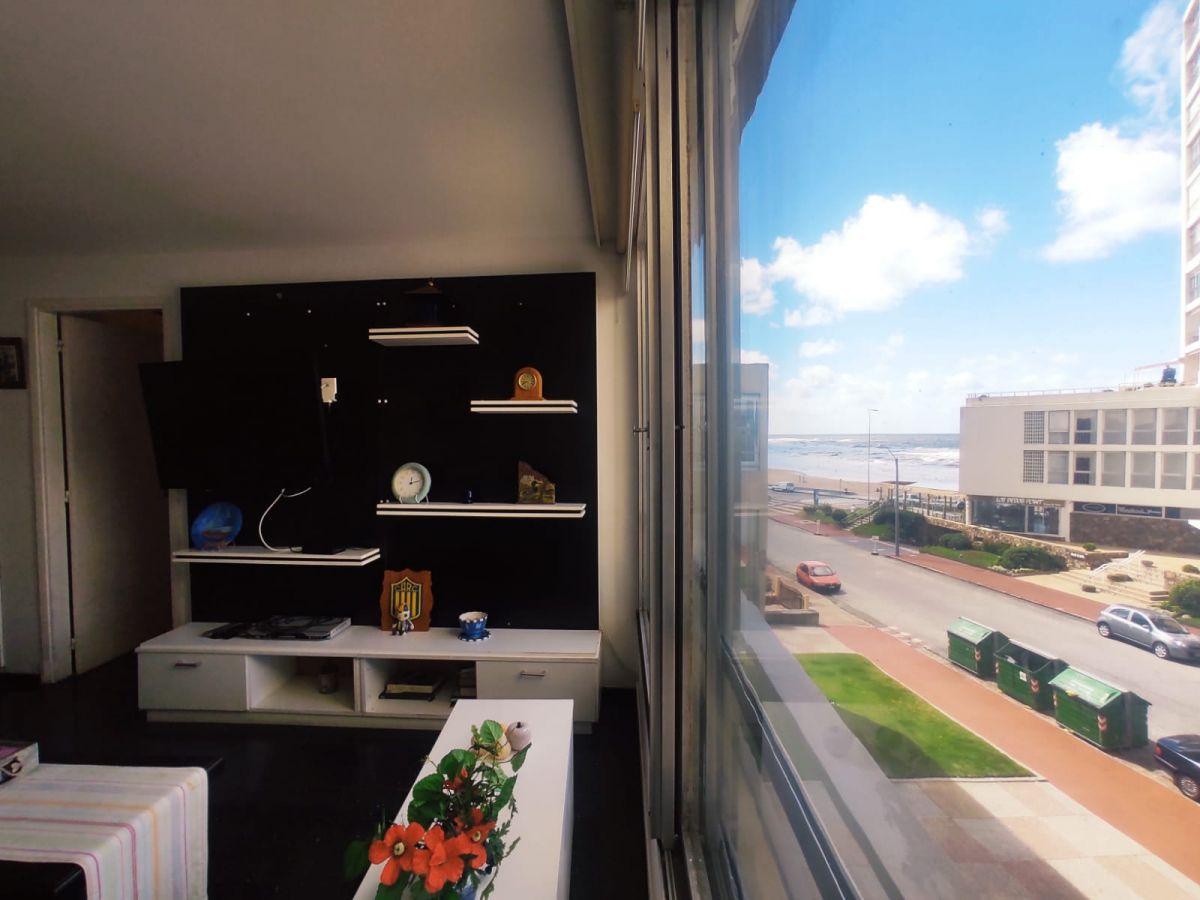 Apartamento en Península * 1 y medio dormitorios Venta