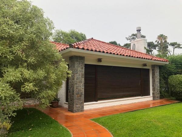 Casa Venta o Alquiler en Punta del Este Country de 3 Dormitorios